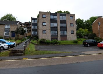 Thumbnail 2 bed flat to rent in Queens Road, Cowes