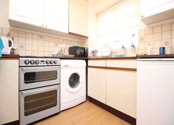 1 bed property to rent in Upper Tooting Park, London SW17
