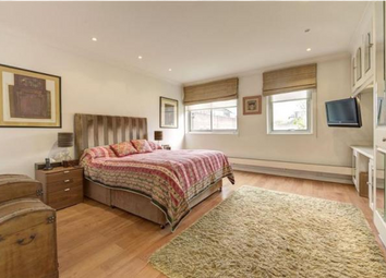 Thumbnail 4 bedroom town house to rent in Grove End Road, London