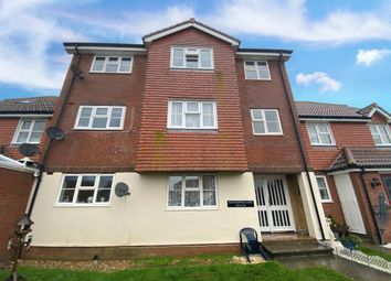 Southampton Close, Eastbourne BN23. 2 bed flat for sale