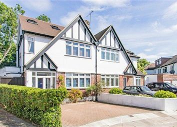East Close, Greenford, Greater London UB6. 5 bed semi-detached house