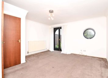 2 bed town house to rent in Caledonian Wharf, Isle Of Dogs, London E14