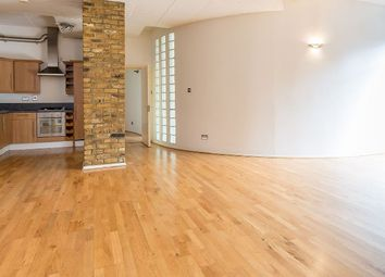 Thumbnail 3 bed flat to rent in Banner Street, London