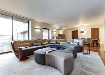 Thumbnail 3 bedroom flat for sale in Fitzrovia Apartments, London