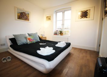 Thumbnail Room to rent in Thornhill Bridge Wharf, Kings Cross