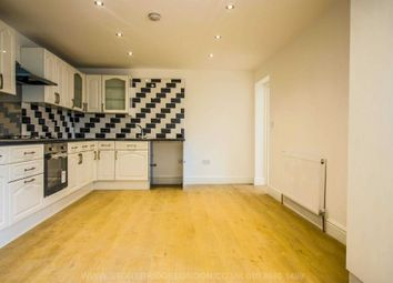 Thumbnail 3 bedroom flat to rent in Hoe Street, Walthamstow