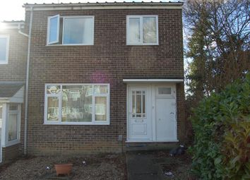Thumbnail 4 bed property to rent in Avon Way, Colchester