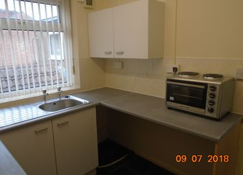 Thumbnail 1 bed flat to rent in King Street, Thorne, Doncaster
