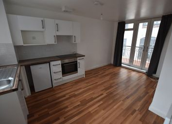 Thumbnail 2 bed flat to rent in Erskine Street, Leicester