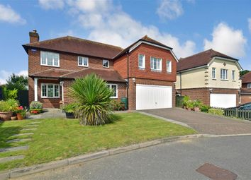 Thumbnail 5 bed detached house for sale in Harlands Mews, Uckfield, East Sussex