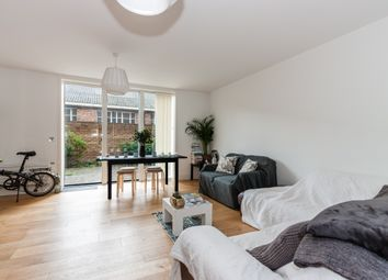 Thumbnail 3 bedroom town house for sale in Narrowboat Avenue, Brentford