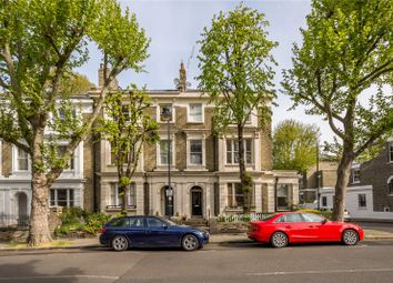 Thumbnail 2 bed flat for sale in Richmond Avenue, London