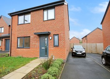 Thumbnail 4 bed detached house to rent in Millview Lane, Rochdale