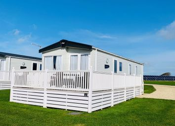 3 bed mobile/park home for sale in Hendra Croft, Newquay TR8