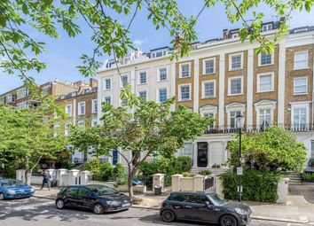1 bed flat for sale in Chepstow Crescent, London W11