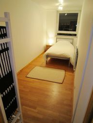 Thumbnail 3 bedroom shared accommodation to rent in Westferry Road, Canary Wharf, Docklands