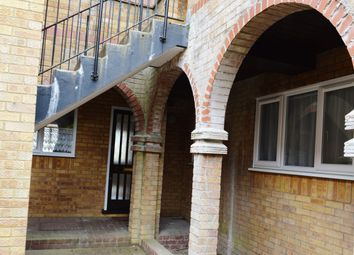 Thumbnail Studio to rent in Crouchfield, Chapmore End