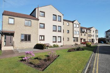 Thumbnail 2 bed flat to rent in Cross Street, Broughty Ferry, 2Dy