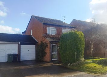 Thumbnail 3 bed property to rent in Buckingham Close, Didcot