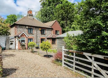 Thumbnail 1 bed cottage for sale in Brighton Road, Coulsdon, Surrey