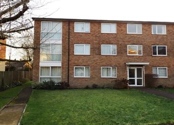 Thumbnail 2 bedroom flat for sale in Stapleton Close, Potters Bar, Hertfordshire