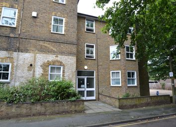 Thumbnail 2 bedroom flat for sale in Churchfields, Broxbourne