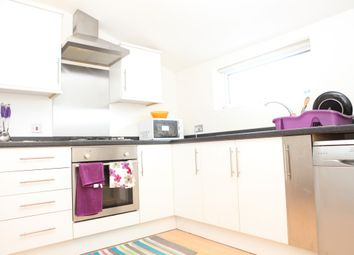 Thumbnail 2 bedroom flat to rent in High Road, Ilford