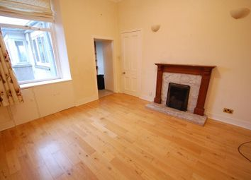 Thumbnail 4 bedroom flat to rent in Irvine Place, Aberdeen