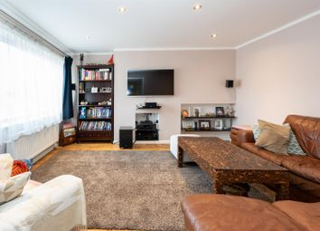 3 bed maisonette for sale in Pescot Hill, Hemel Hempstead HP1
