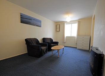 Thumbnail 1 bed flat to rent in Pickwick Close, Hounslow