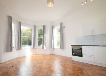 Thumbnail 2 bedroom flat to rent in Farncombe Road, Worthing