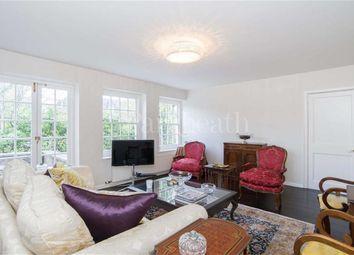 Thumbnail 3 bed flat to rent in Corringham Road, Hampstead Garden Suburb, London