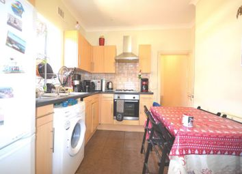 Thumbnail 2 bed flat to rent in Carr Road, London