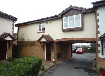 Thumbnail 2 bedroom maisonette to rent in Templeton Close, Portsmouth