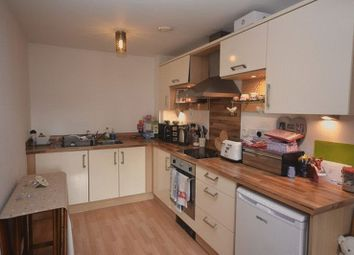 Thumbnail 1 bed flat to rent in Canute Road, Ocean Village, Southampton
