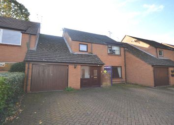 Thumbnail 4 bed link-detached house to rent in The Oaks, Yateley