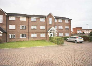 Thumbnail 1 bed flat for sale in Kensington Way, Borehamwood