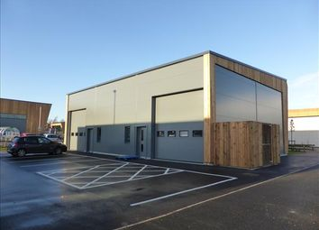 Thumbnail Warehouse to let in Harford Place, Hall Road, Norwich