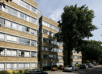 Thumbnail 2 bed flat to rent in Holly Tree Close, Inner Park Road, Wimbledon