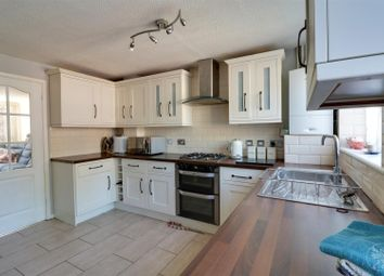 Thumbnail 5 bed link-detached house for sale in Hastings Close, Grays