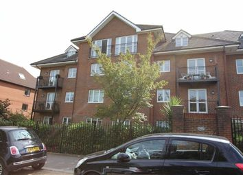 Thumbnail 2 bedroom flat for sale in Walsingham House, North Chingford, London