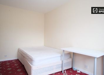Thumbnail Room to rent in Ronald Street, London