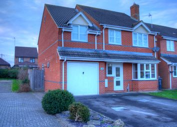 Thumbnail 5 bed detached house for sale in Chatsworth Road, Swindon