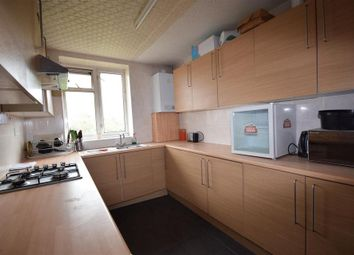 Thumbnail 5 bedroom flat to rent in Mortimer Crescent, London