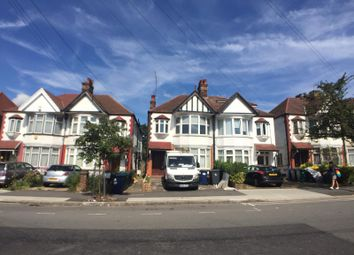 Thumbnail 2 bed flat to rent in Highfield Avenue, Golders Green, London
