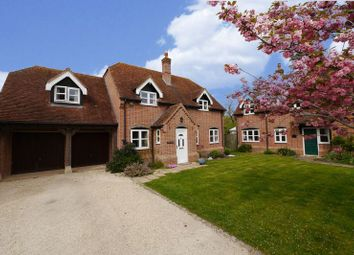 Thumbnail 4 bed detached house for sale in The Rickyard, Chalgrove, Oxford