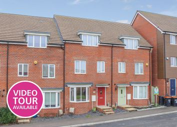 Thumbnail 4 bed town house to rent in Goshawk Green, Leighton Buzzard