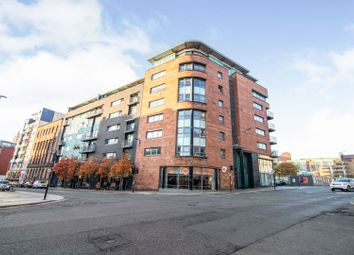 Thumbnail 2 bed flat for sale in 161 High Street, Glasgow