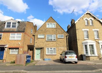 Thumbnail 2 bed maisonette to rent in Hadley Road, Barnet