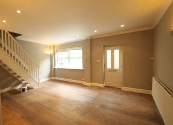 Thumbnail 1 bed cottage to rent in Battersea Park Road, Battersea